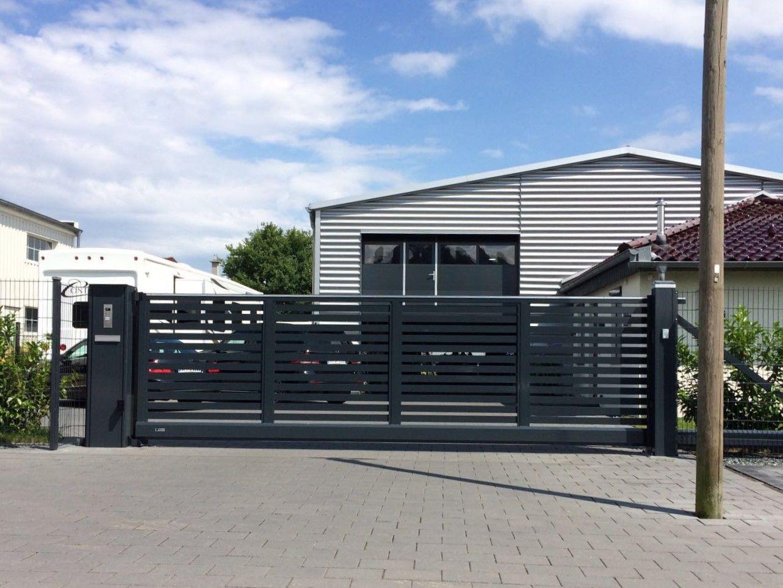 elektrische garagentore mit einbau elektrische garagentore sicherheit und luxus elektrische. Black Bedroom Furniture Sets. Home Design Ideas