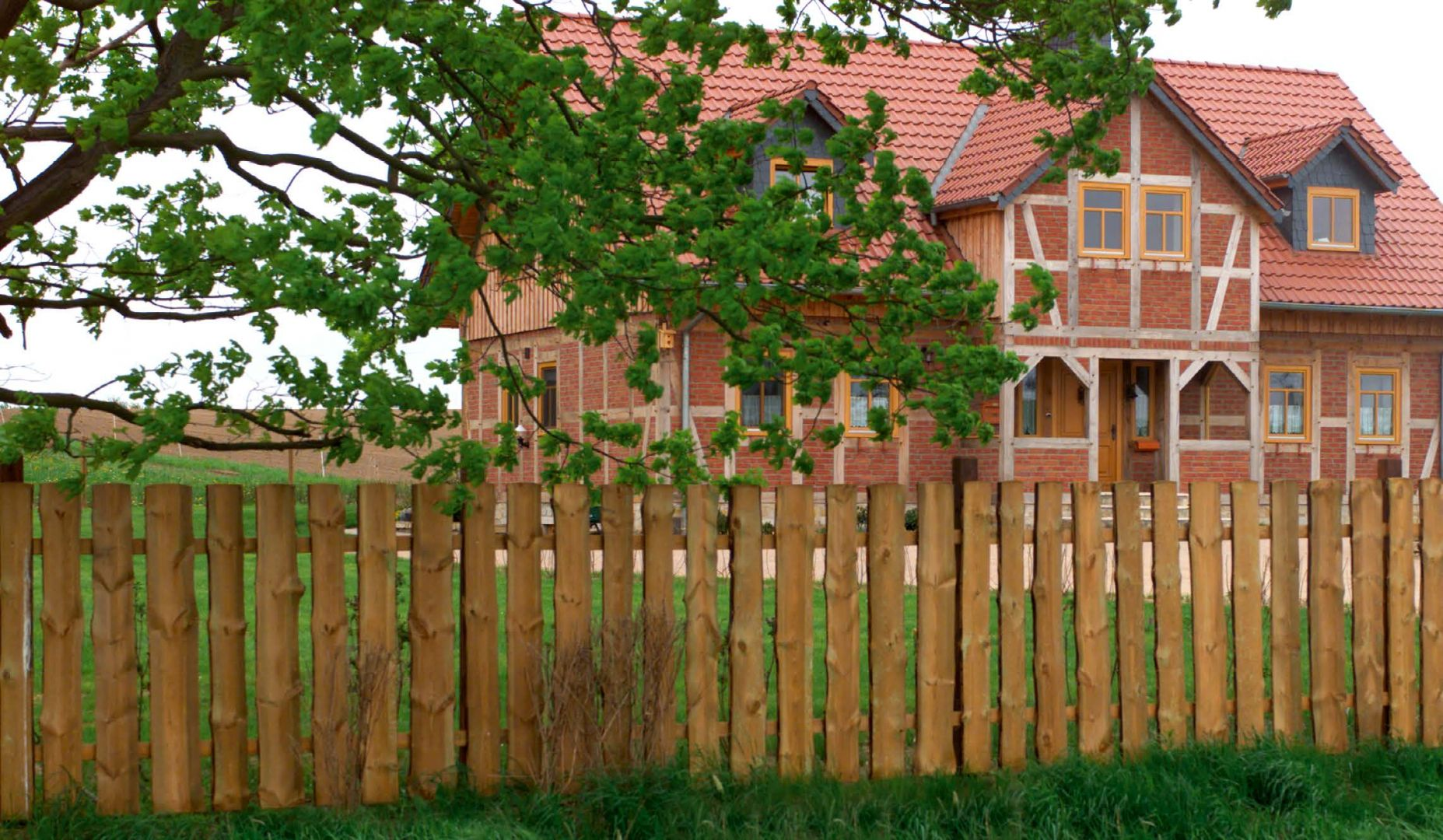 Holzzäune – Ein Holzzaun für Haus und Garten